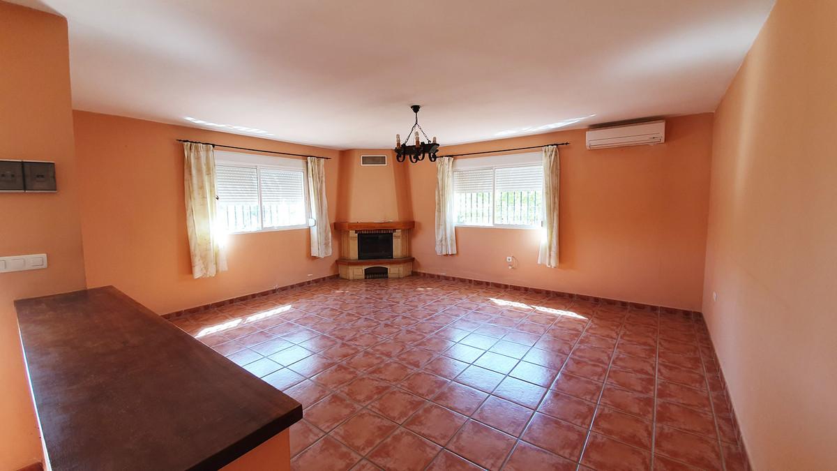 House in Alhaurín el Grande R3671816 12