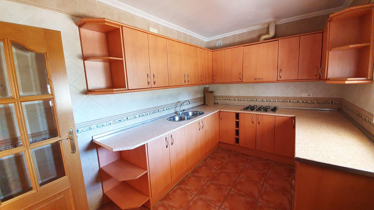 House in Alhaurín el Grande R3671816 17