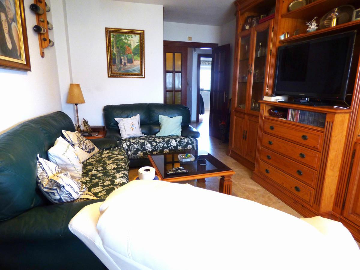 Apartamento 4 Dormitorios en Venta Benalmadena