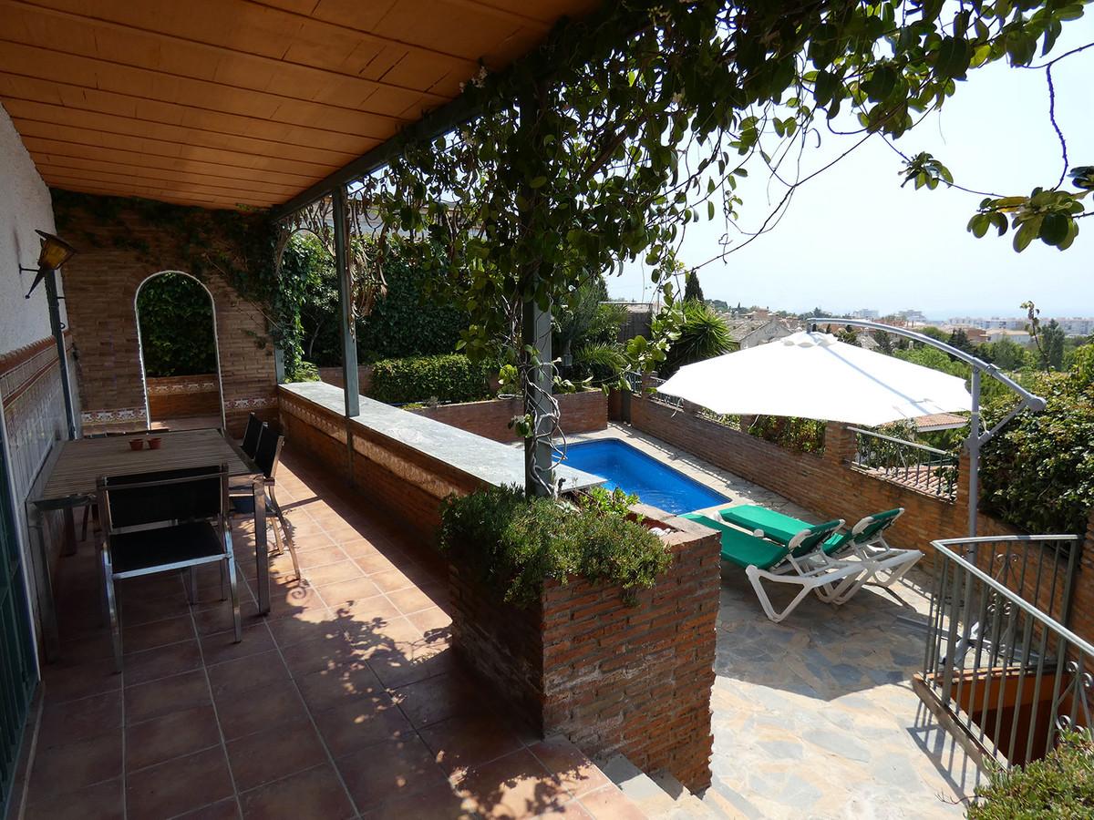 Fritliggende Villa i Benalmadena R3459172