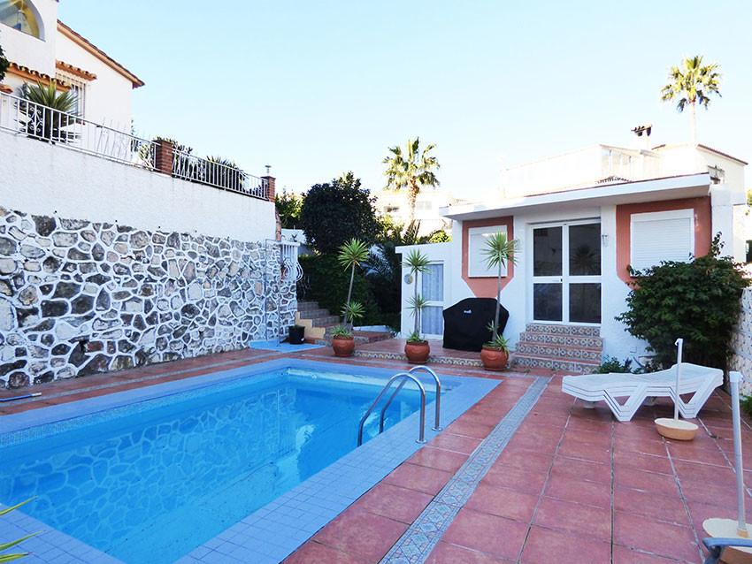 Villa 4 Dormitorios en Venta Arroyo de la Miel
