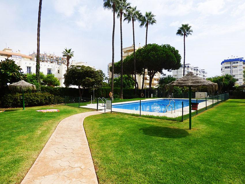 Lägenhet på mellanplan i Benalmadena Costa R3258340