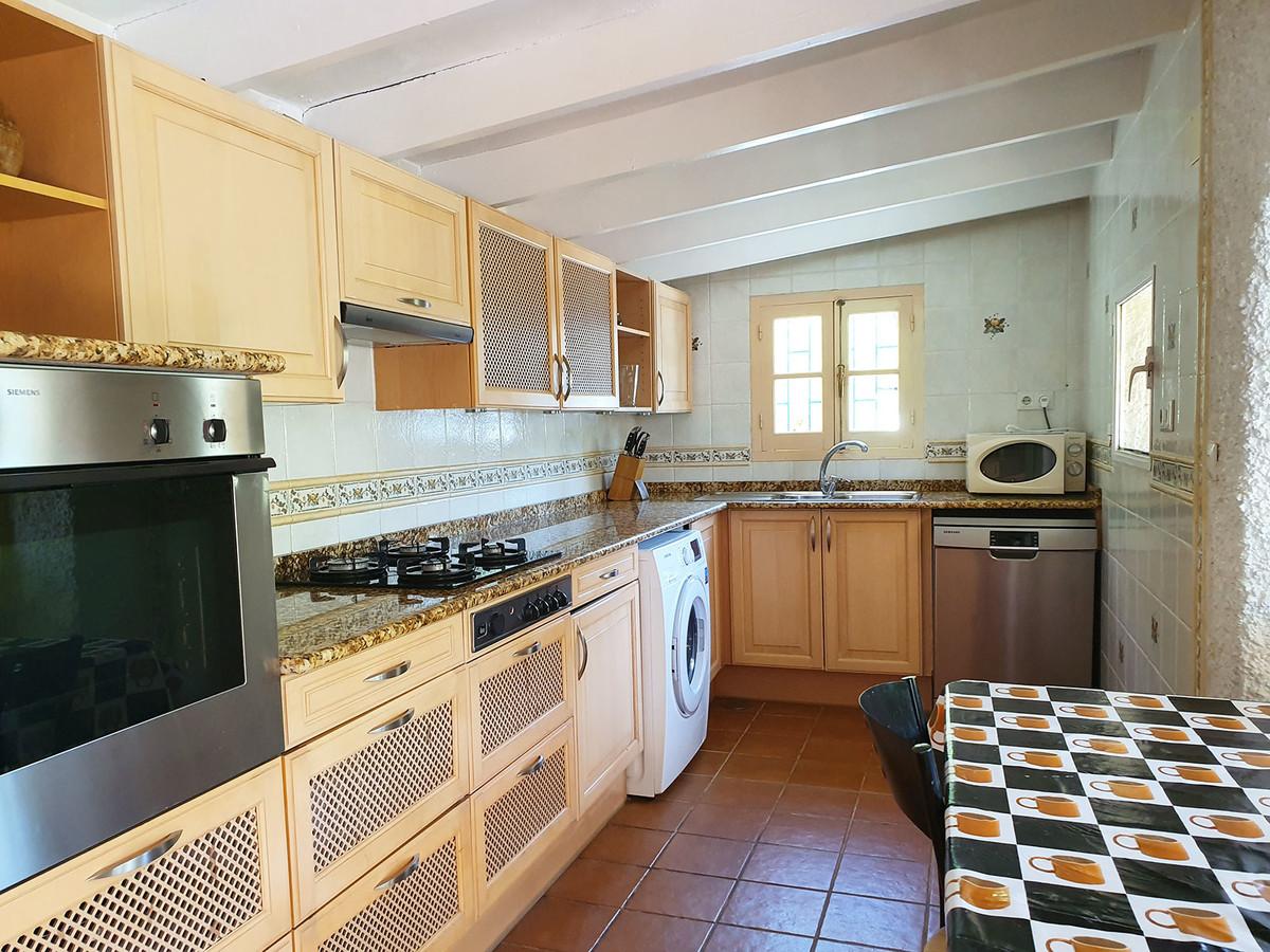 Villa con 5 Dormitorios en Venta Alhaurín el Grande