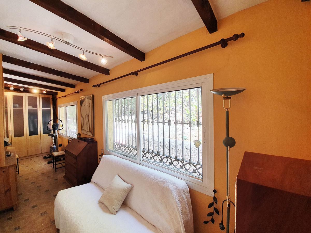 House in Alhaurín el Grande R3479923 18