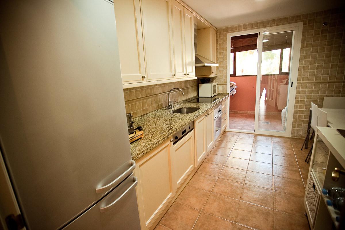4 Bedroom Middle Floor Apartment For Sale Puerto Banús