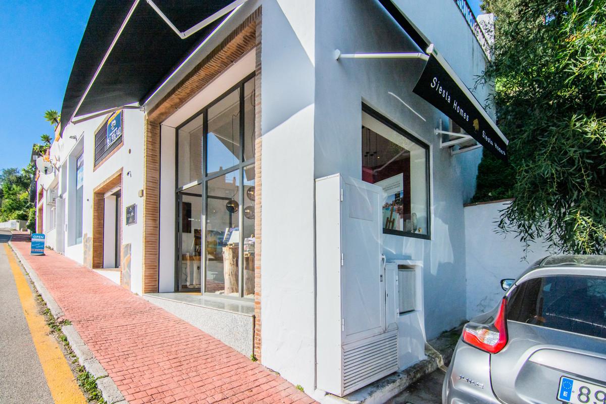 Shop · La Mairena