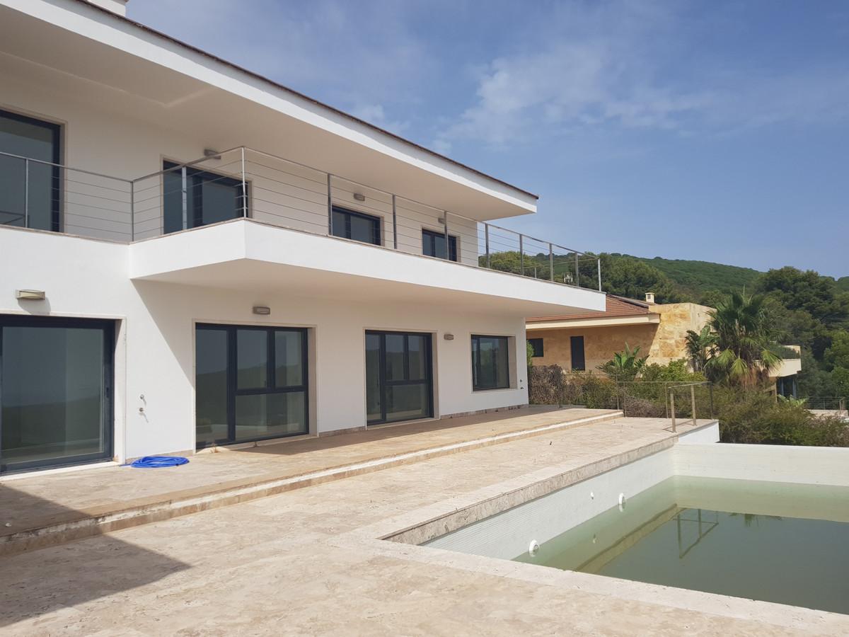 Ref:R3721229 House - Detached Villa For Sale in Sotogrande Alto