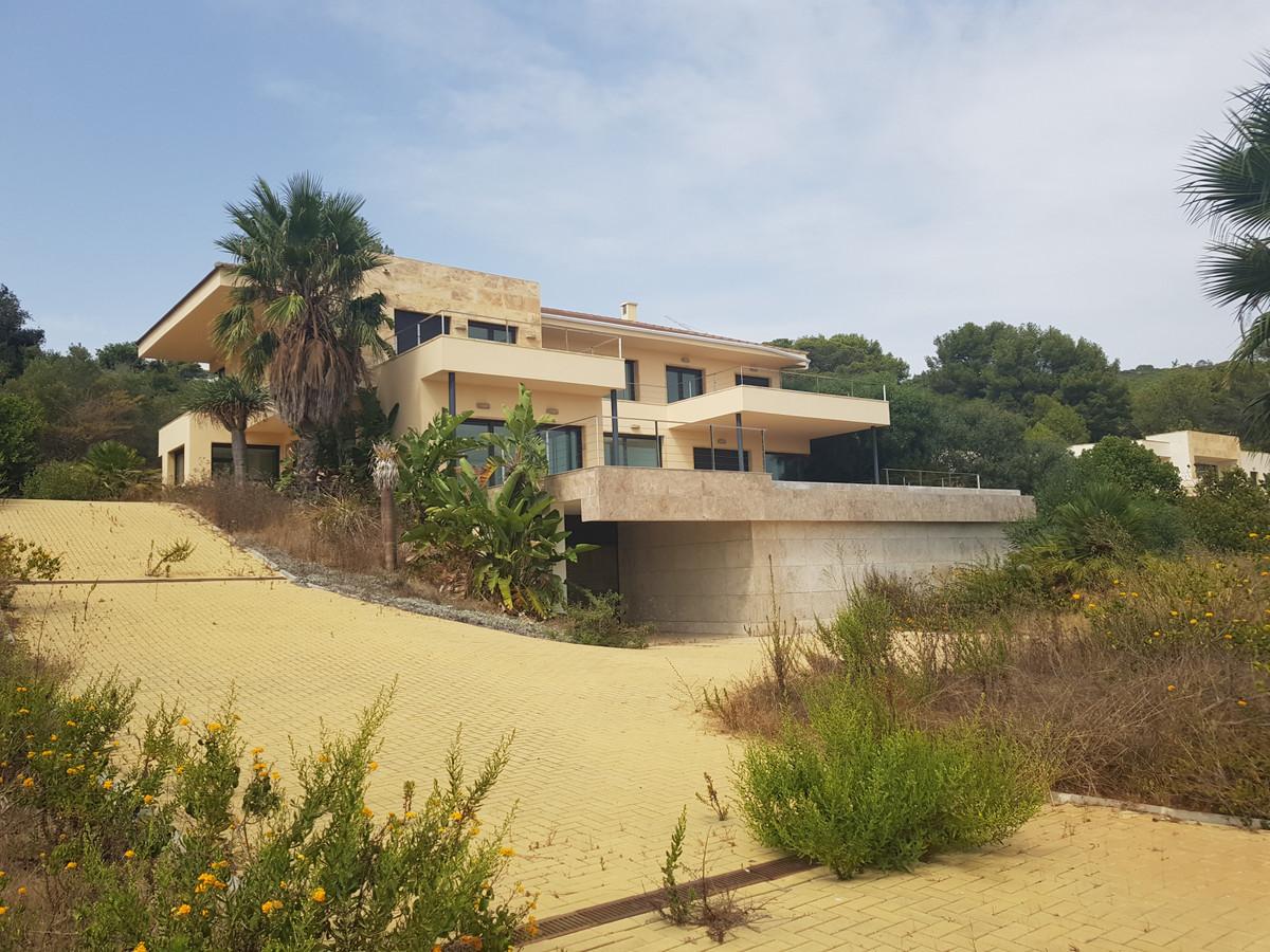 Ref:R3721013 House - Detached Villa For Sale in Sotogrande Alto