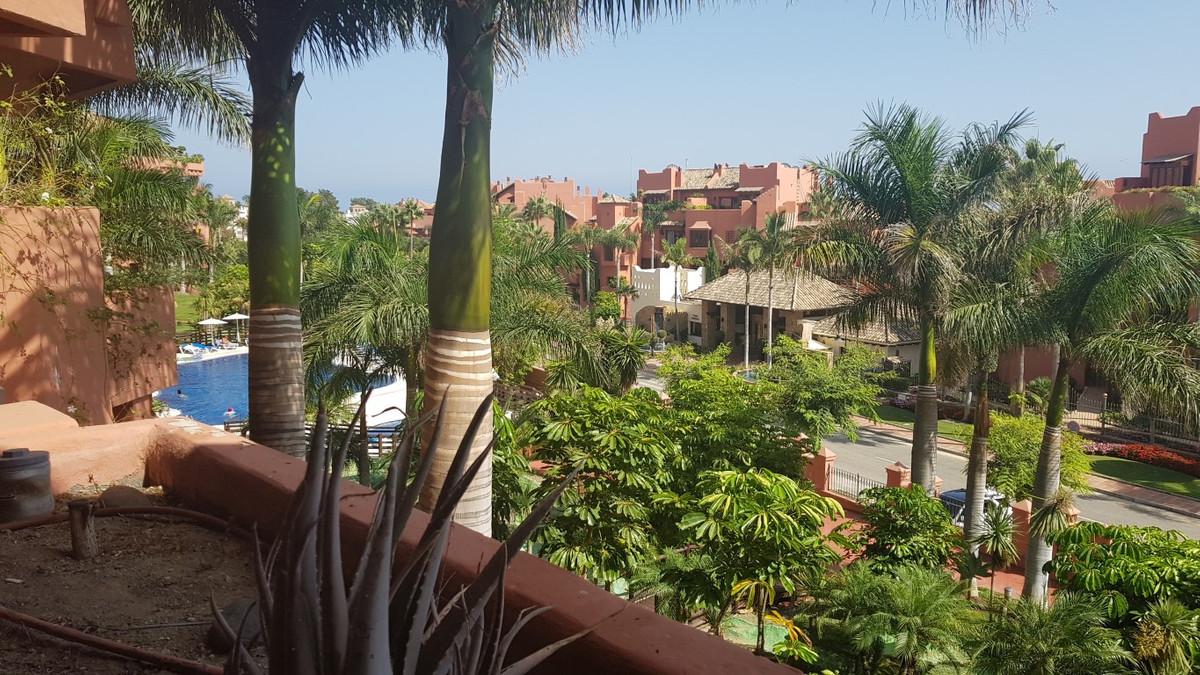 Ref:R3250429 Apartment - Middle Floor Apartment For Sale in Costalita