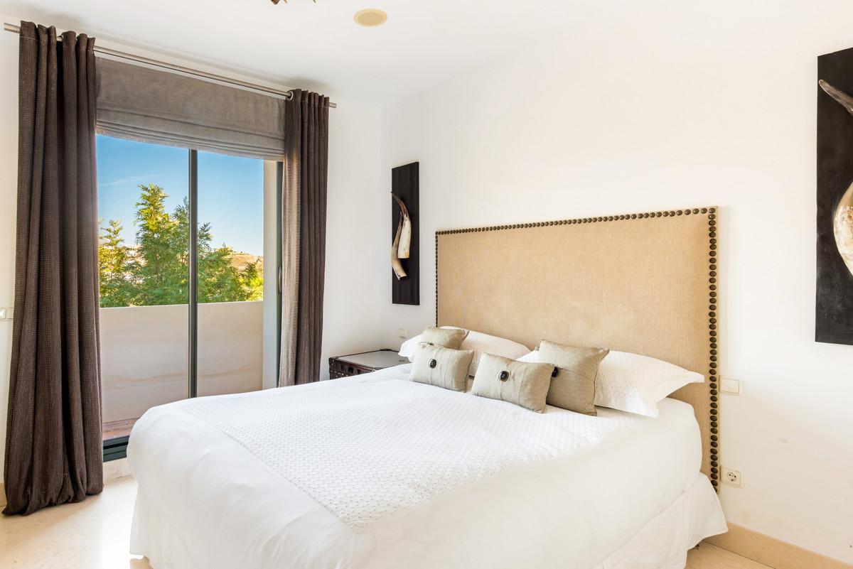 Apartment Penthouse Benahavís Málaga Costa del Sol R3751945 7