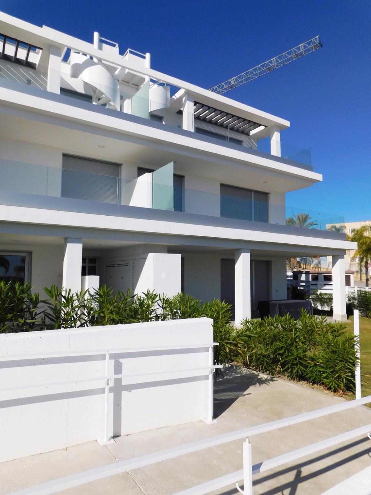 Apartment Penthouse Estepona Málaga Costa del Sol R3661100 3