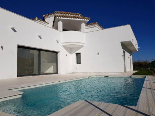 Villa - Casares