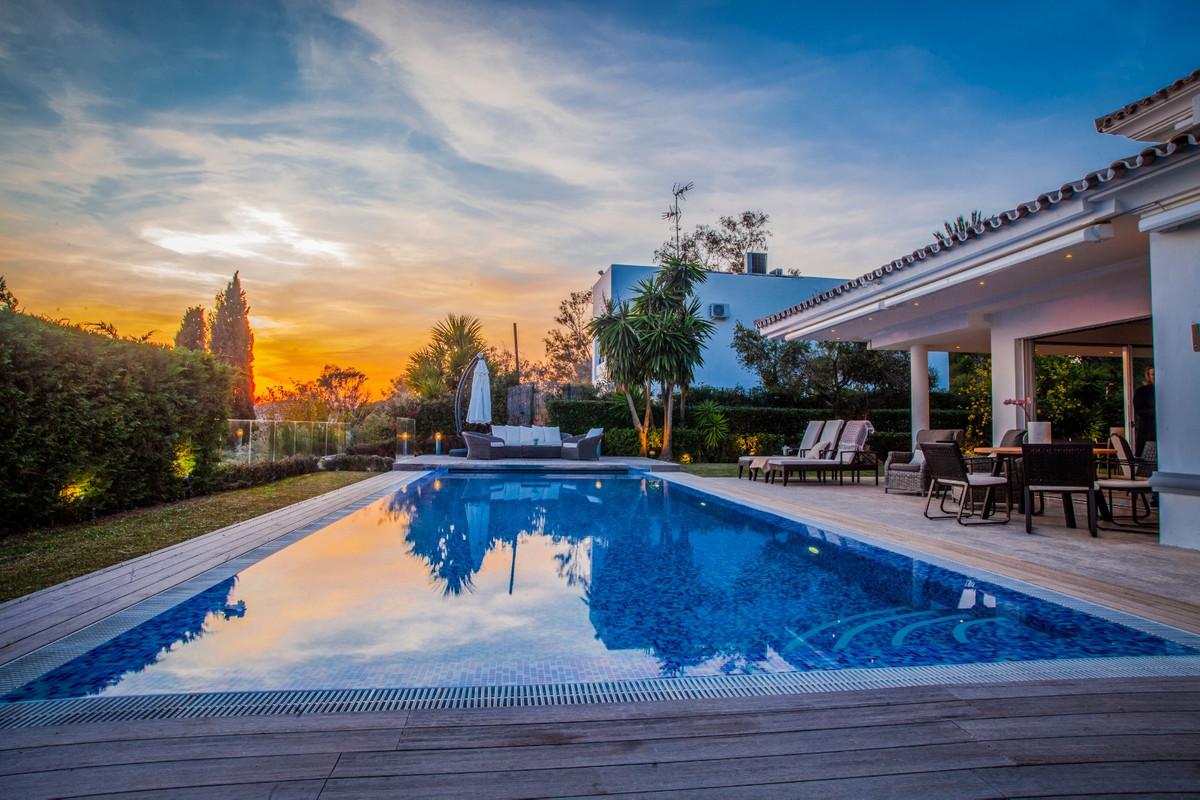 Villa - Chalet en Elviria R3574696