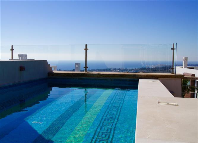 Classically designed villa built with the use of the best materials and the newest technologies is l,Spain