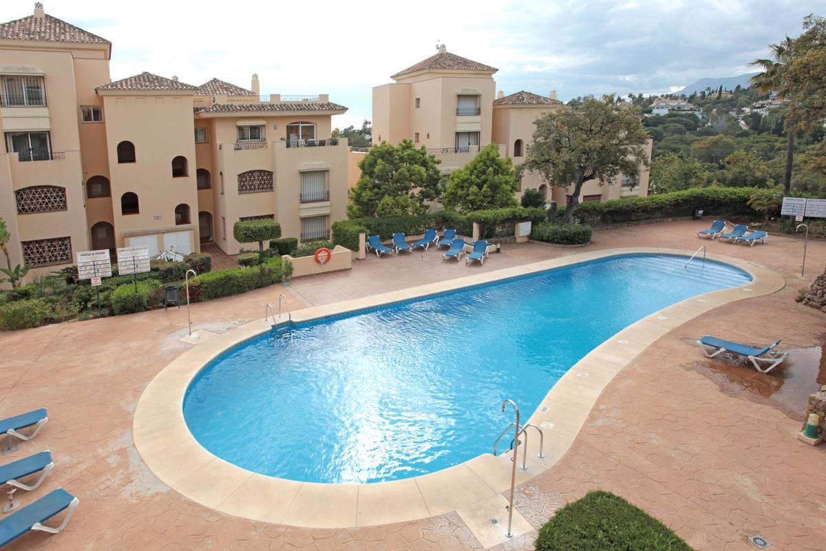 Beautiful apartment in Hacienda Elviria, this ground floor apartment has the particularity of being ,Spain