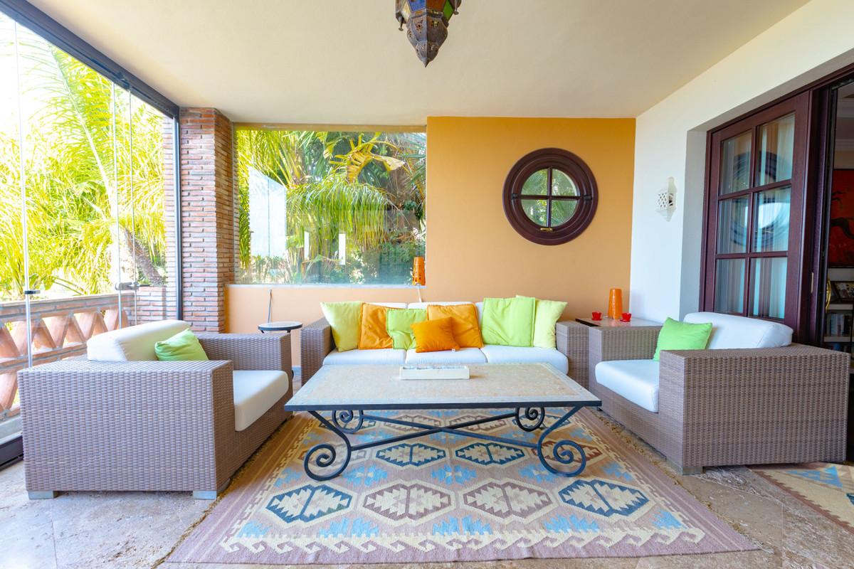 House in Altos de los Monteros R3412759 11
