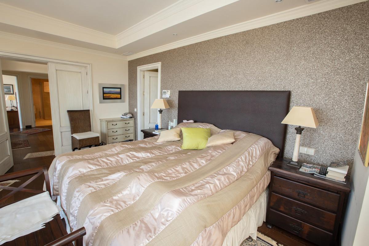 House in Altos de los Monteros R3412759 14