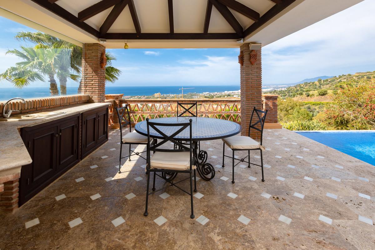 House in Altos de los Monteros R3412759 29