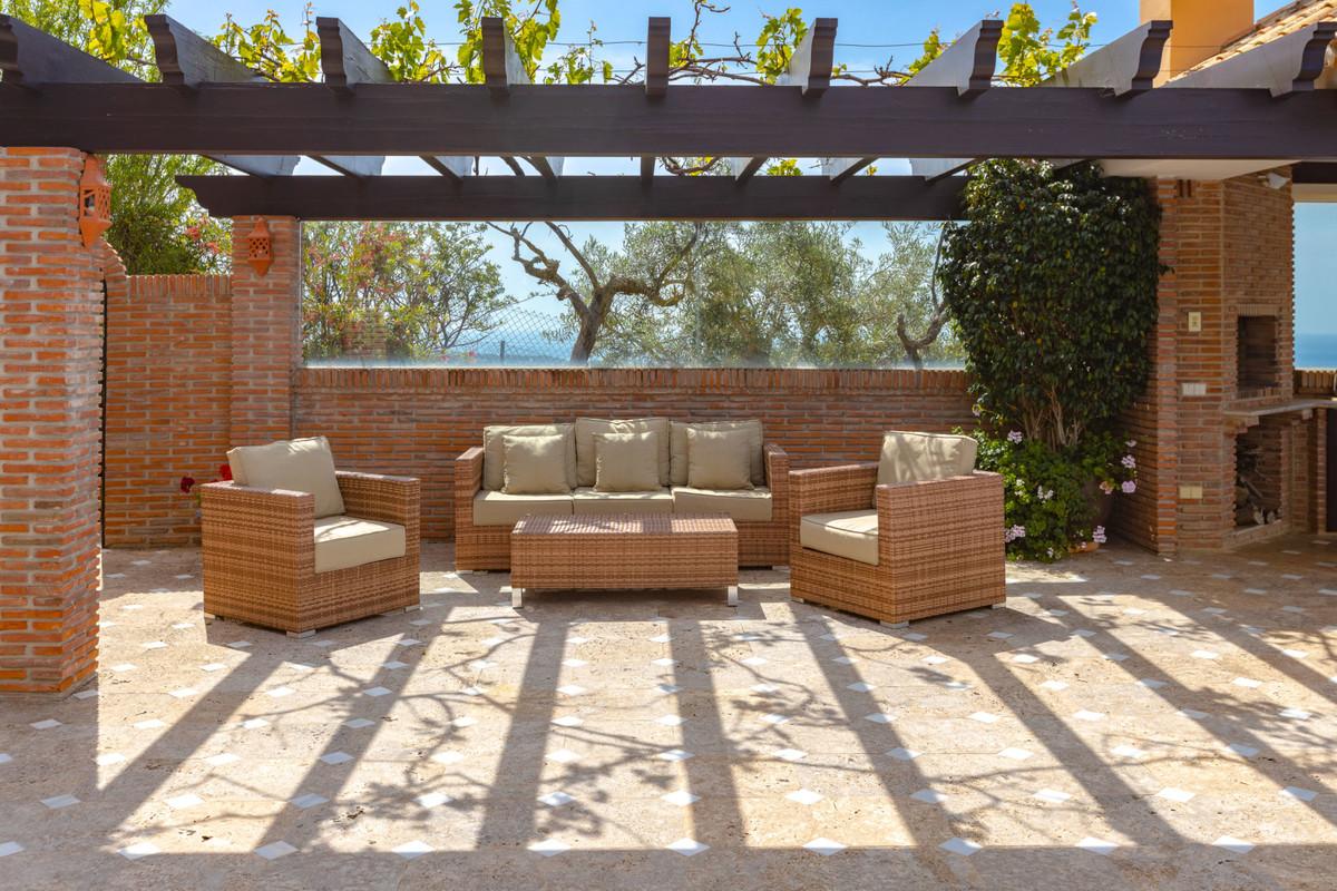 House in Altos de los Monteros R3412759 30