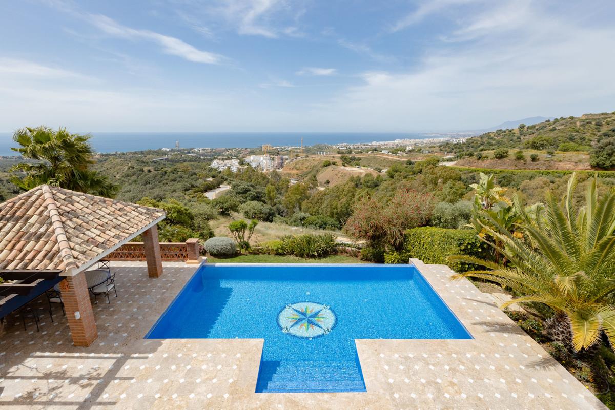 House in Altos de los Monteros R3412759 31
