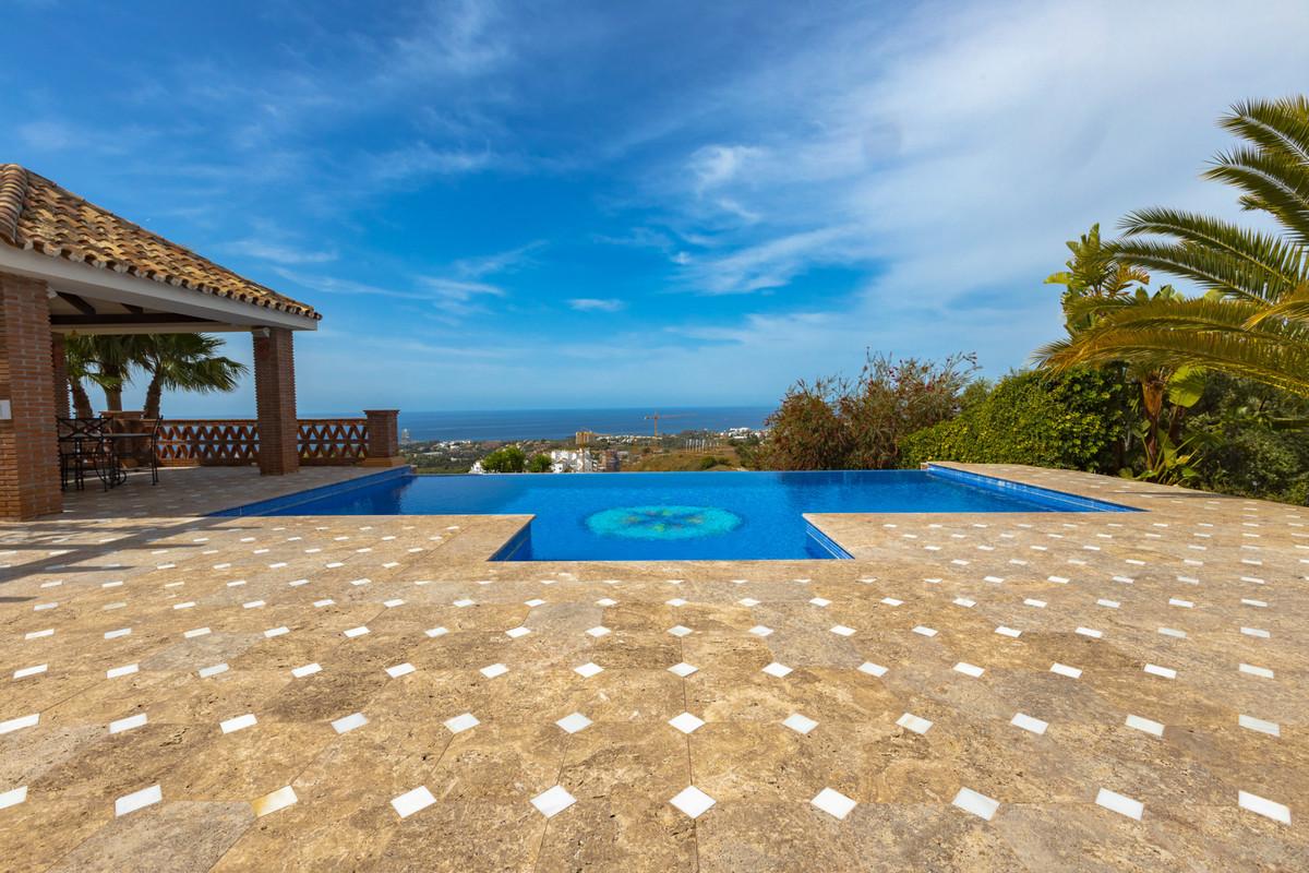 House in Altos de los Monteros R3412759 35