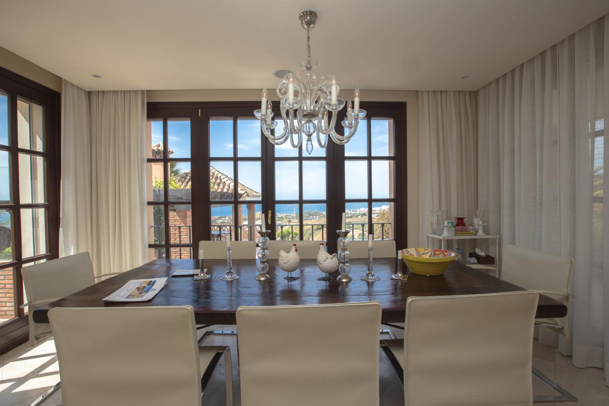 House in Altos de los Monteros R3412759 6