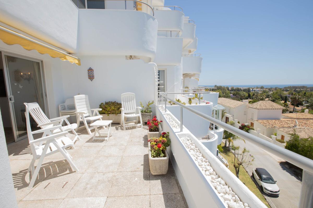 Appartement Mi-étage en vente à Guadalmina Alta R3438595