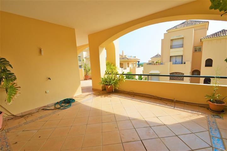 3 Bedroom Apartment for sale Elviria