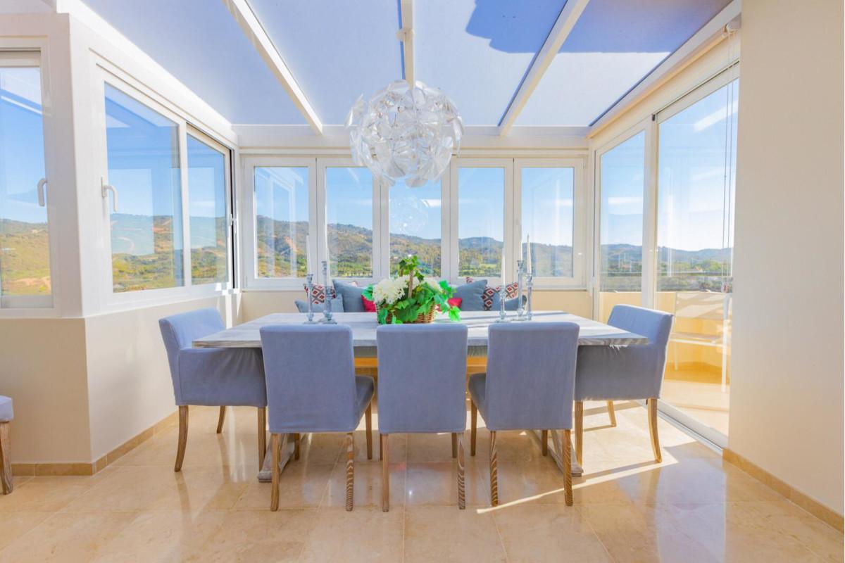 Penthouse in Elviria R3480913