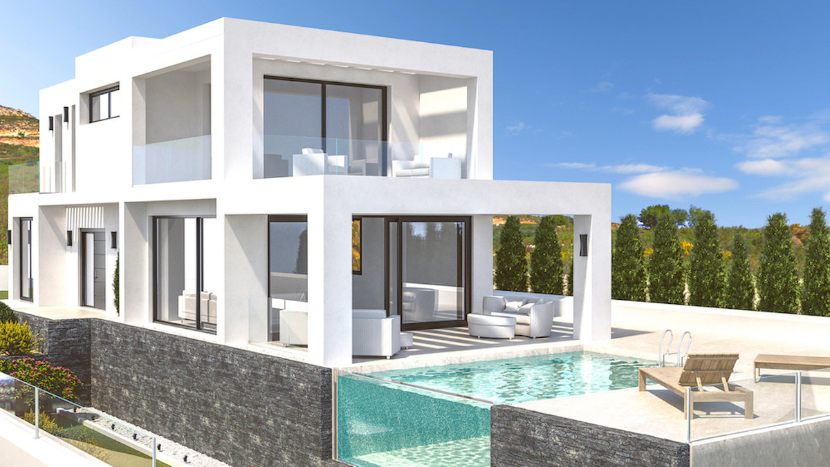 Beautiful villa under construction with 3 bedrooms located on a double plot of 750 m2 in Sotogrande ,Spain