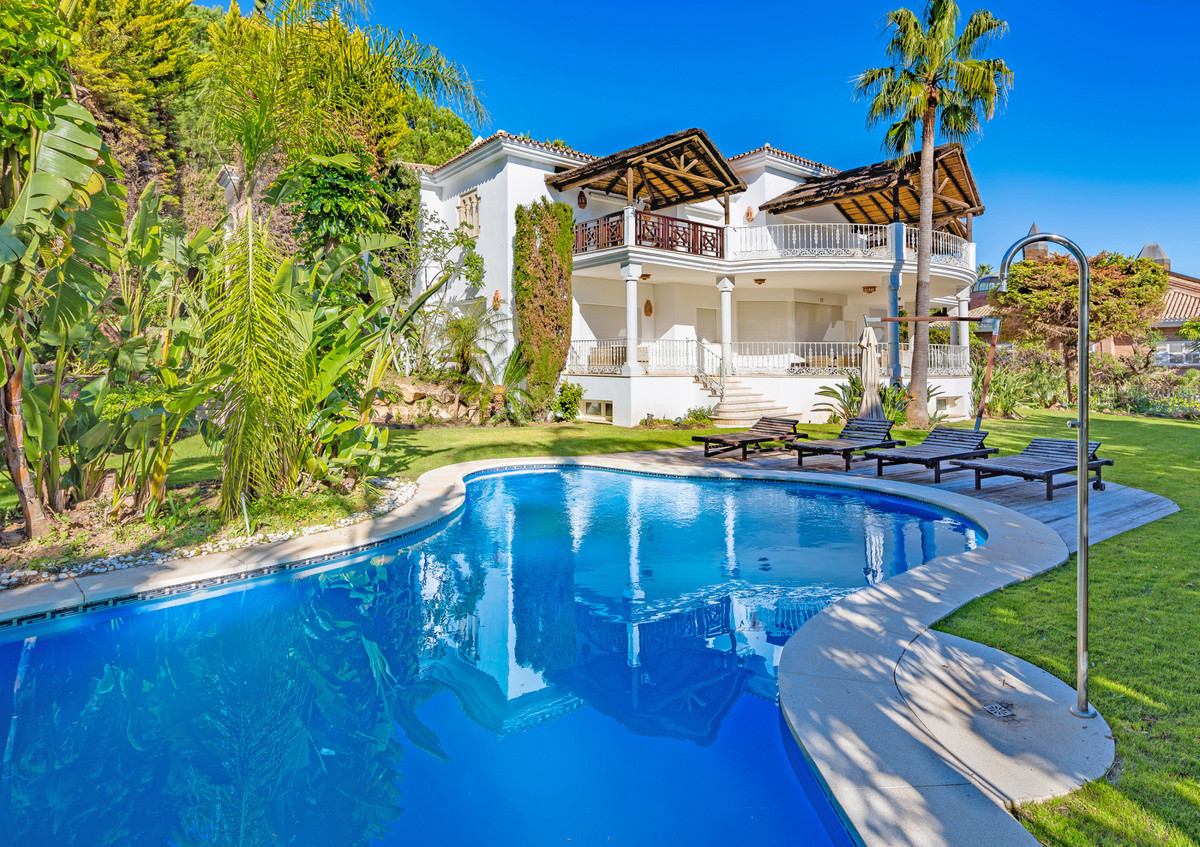 Villa - Chalet en venta en Sierra Blanca R2974103