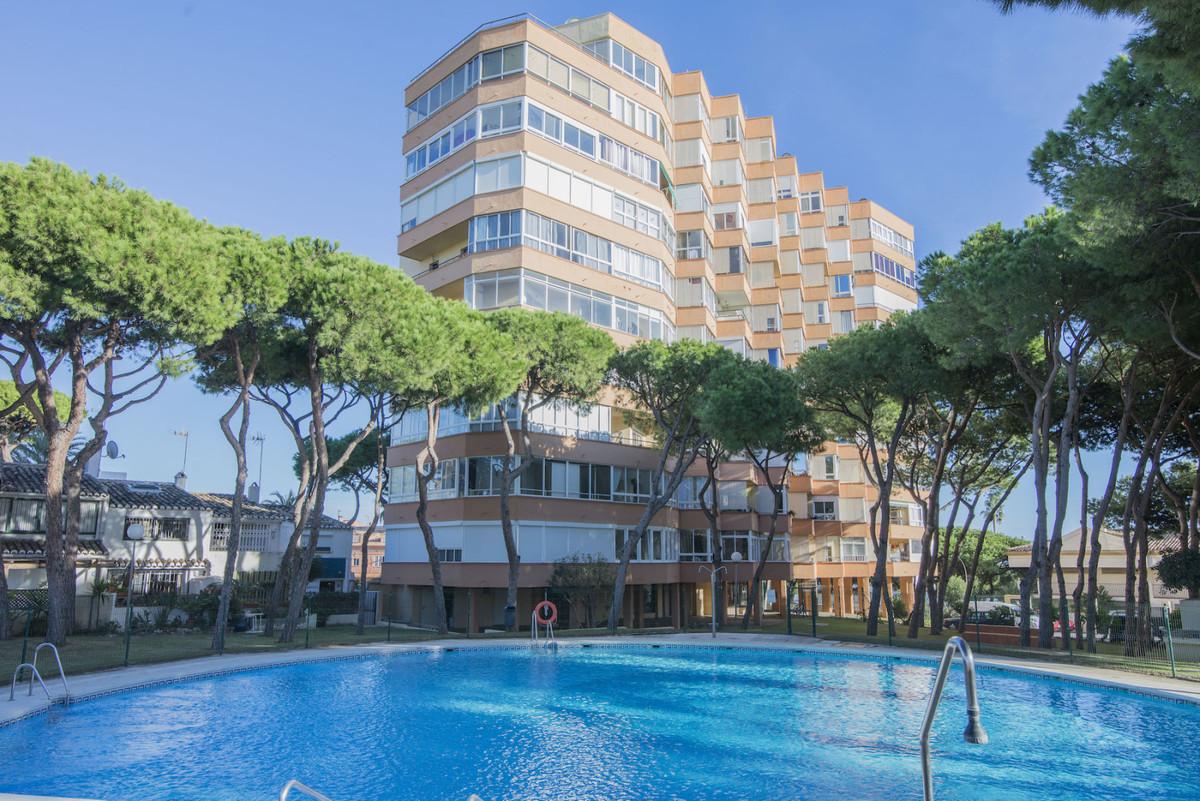 Middle Floor Apartment, Mijas Costa, Costa del Sol. 1 Bedroom, 1 Bathroom, Built 45 m².  Se,Spain