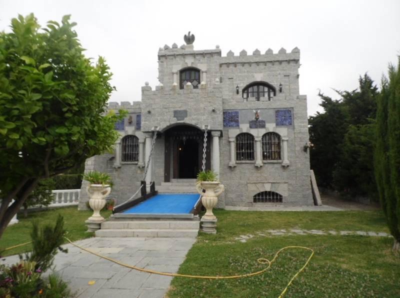 Villa 4 Dormitorios en Venta Bel Air