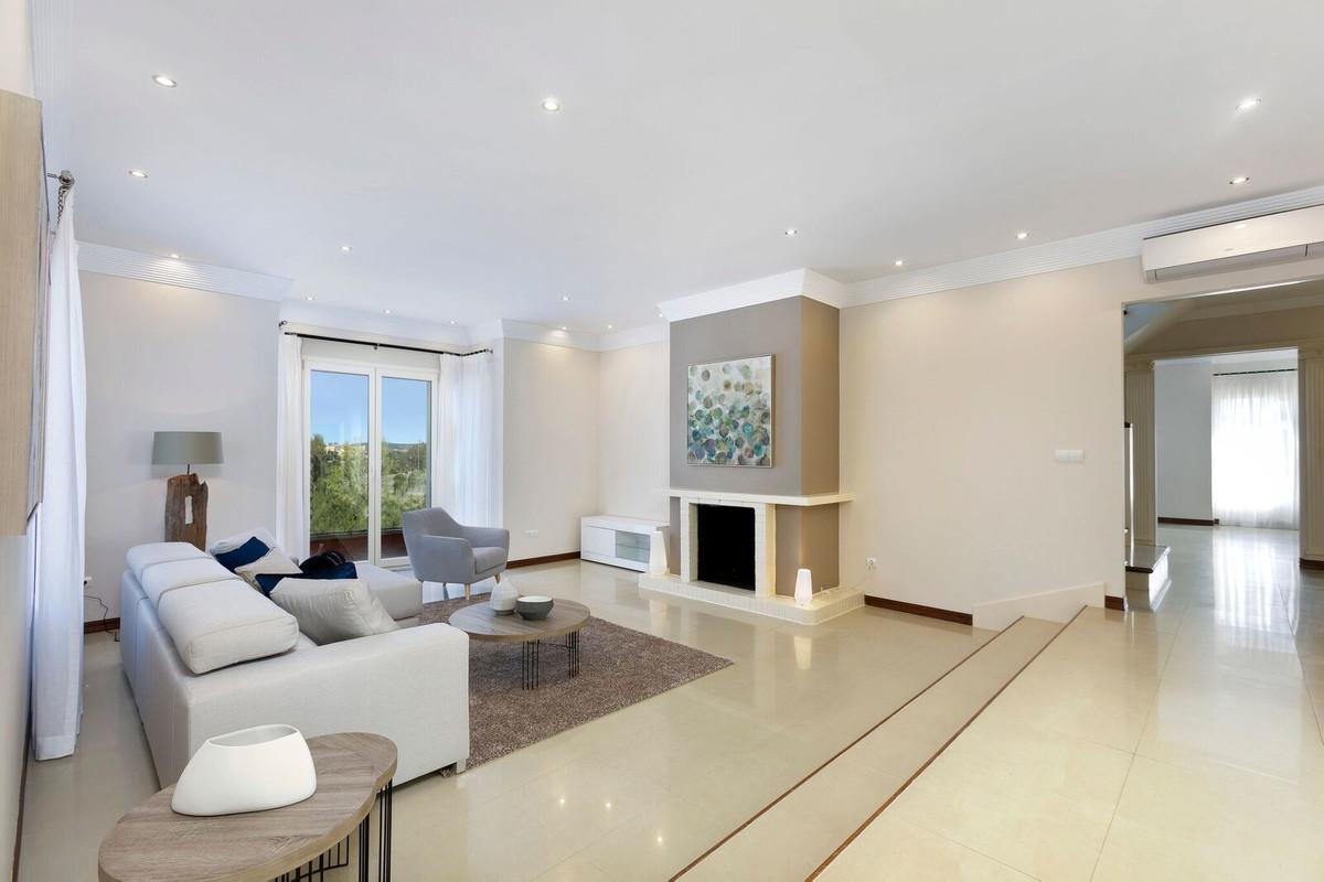 6 Bedroom Detached Villa For Sale Sotogrande