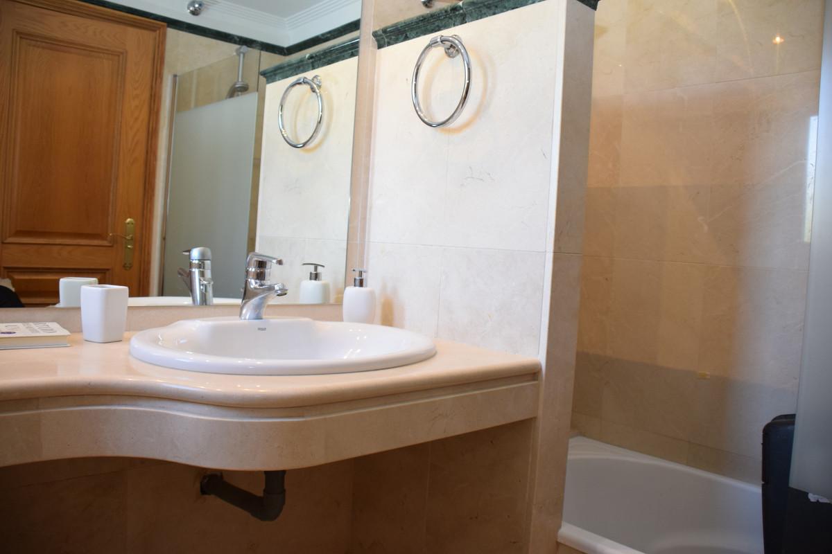 Villa te koop in Santa Clara R3552628
