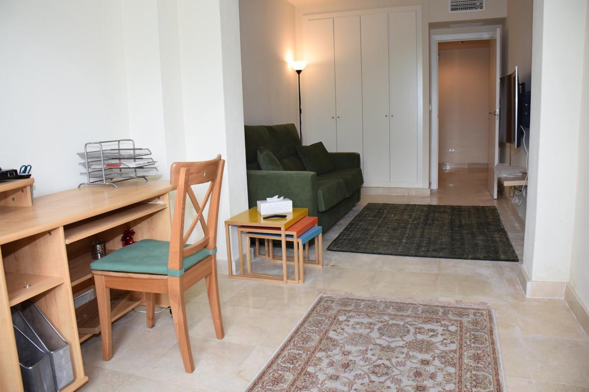 Villa con 3 Dormitorios en Venta Cabopino