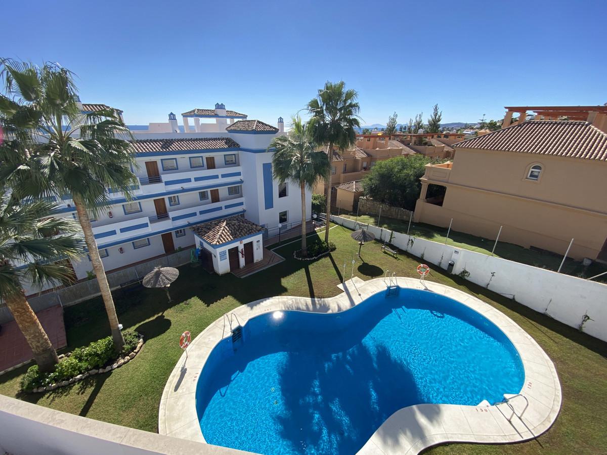 Penthouse for sale in Estepona R3740581
