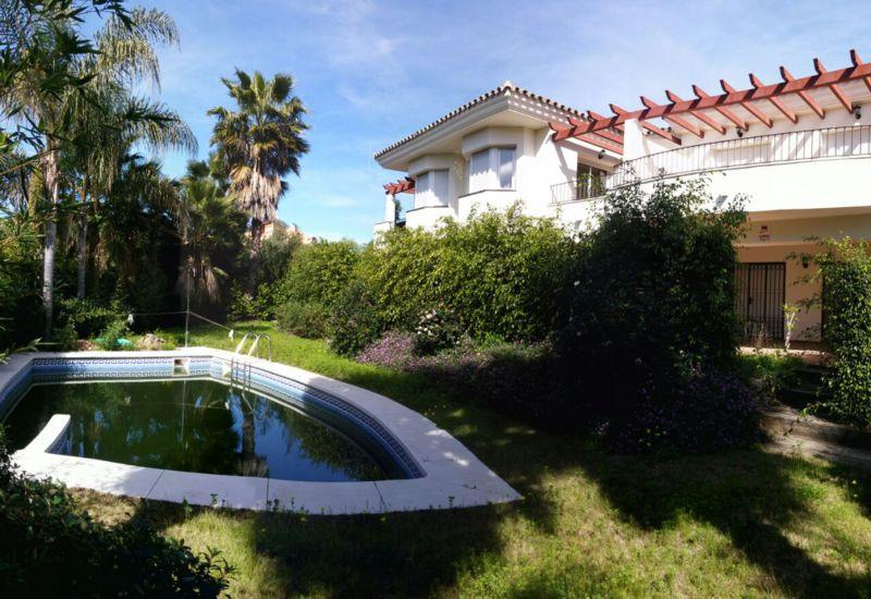 radhus till salu i Diana Park, Costa del Sol