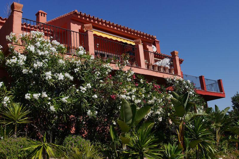 radhus till salu i La Mairena, Costa del Sol