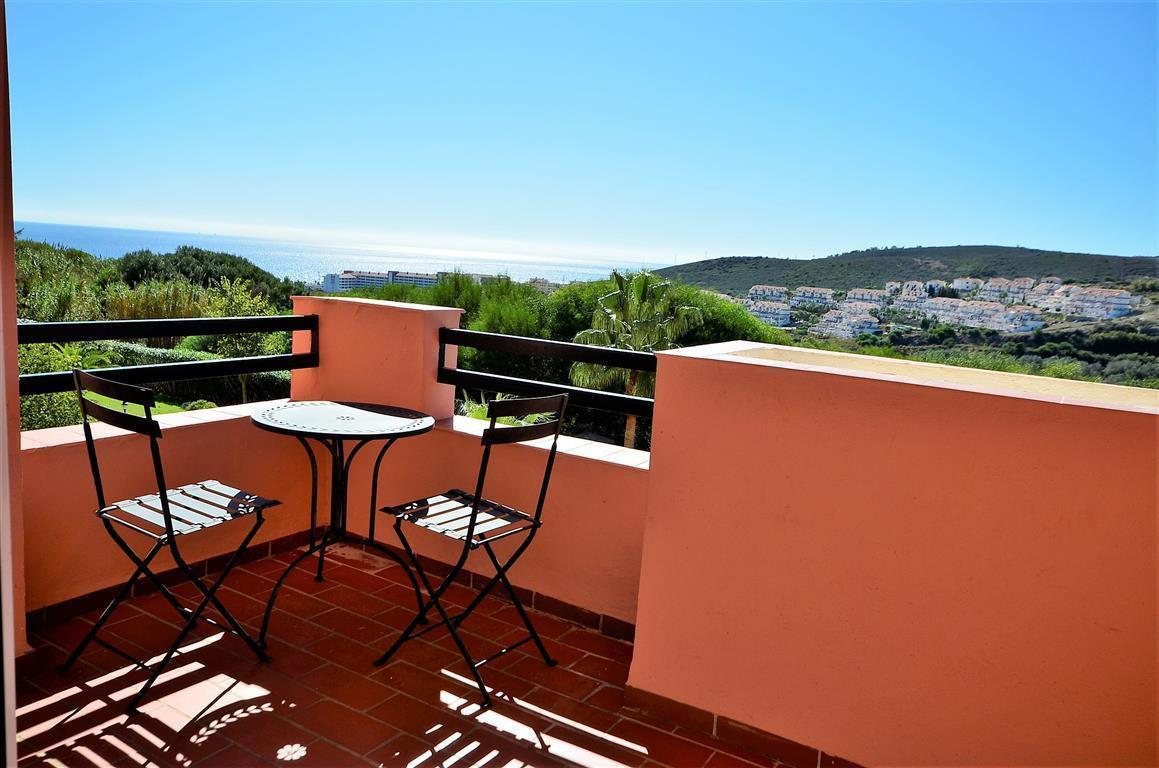 Apartment, La Duquesa, 133.000