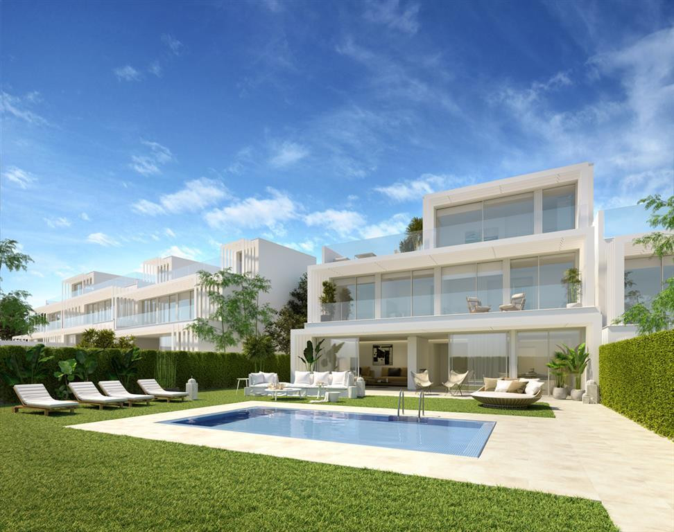 Villa for sale in Sotogrande, Costa del Sol