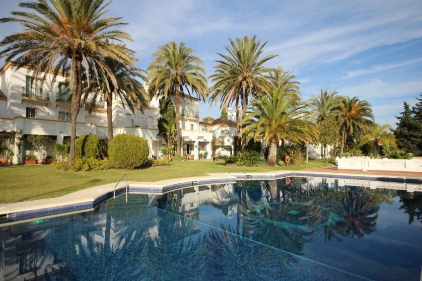 Apartment for sale in New Golden Mile, Costa del Sol