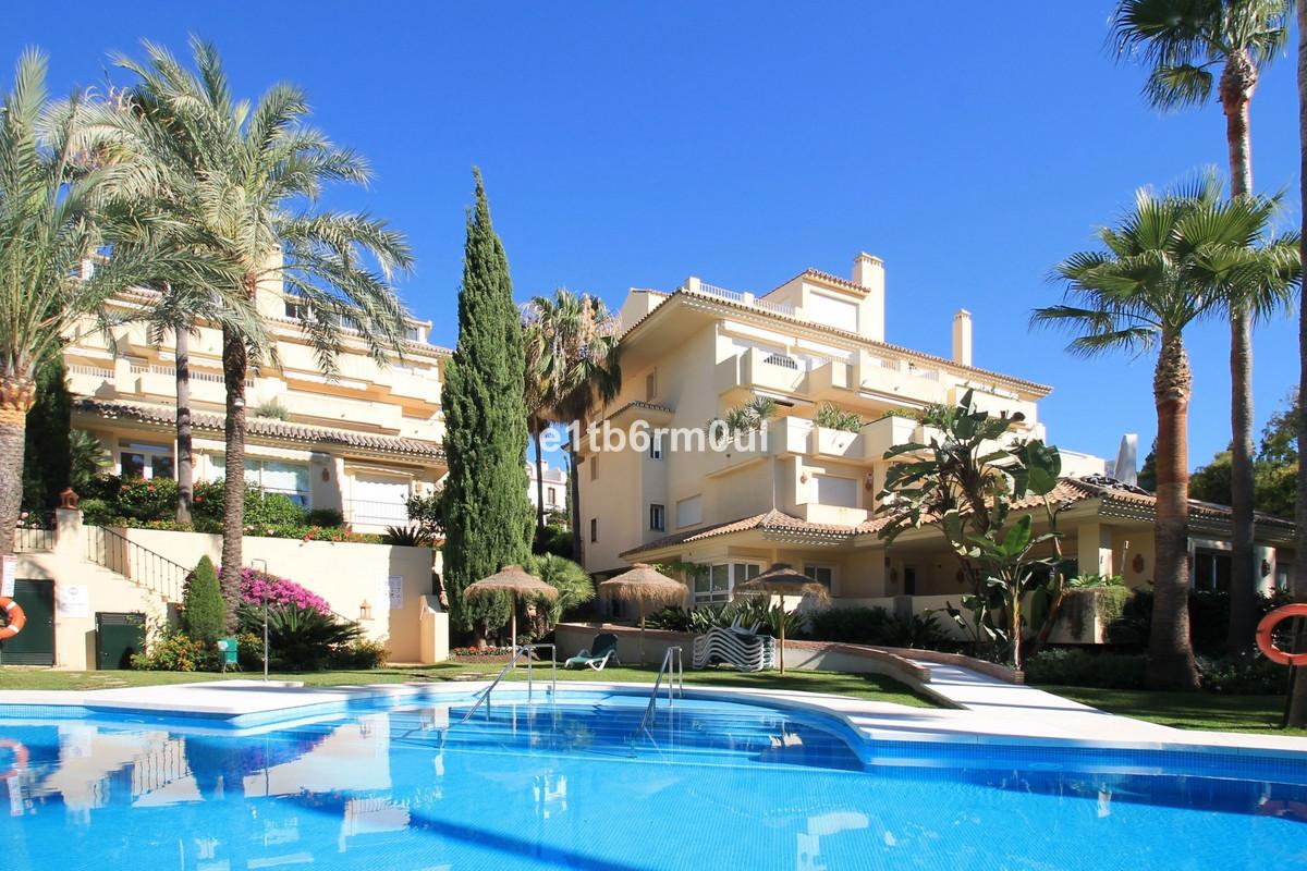 Apartment for sale in The Golden Mile, Costa del Sol