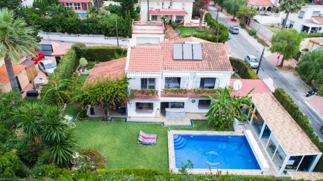 Villa for sale in La Leala, Costa del Sol