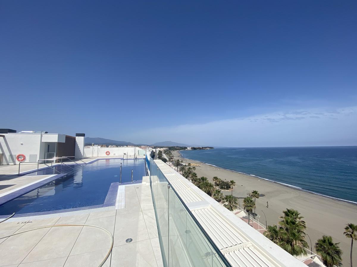Apartment, Estepona, 618.000