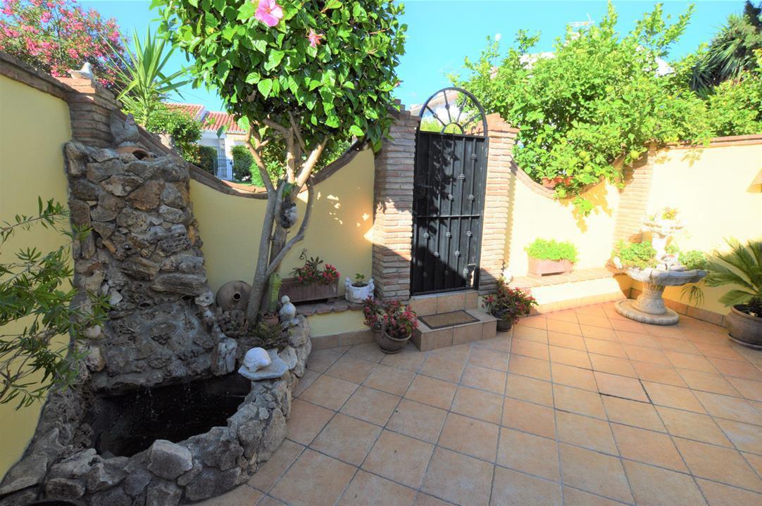 Townhouse for sale in Los Boliches, Costa del Sol