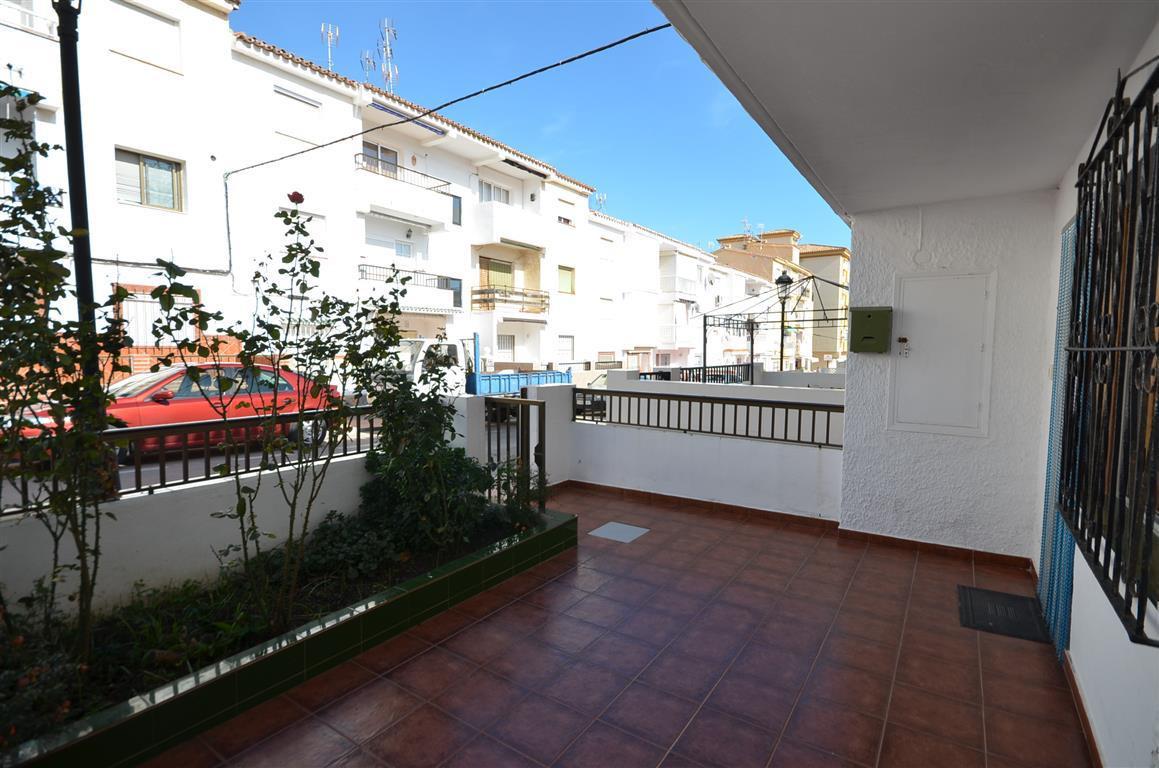 Lägenhet till salu i San Luis de Sabinillas, Costa del Sol