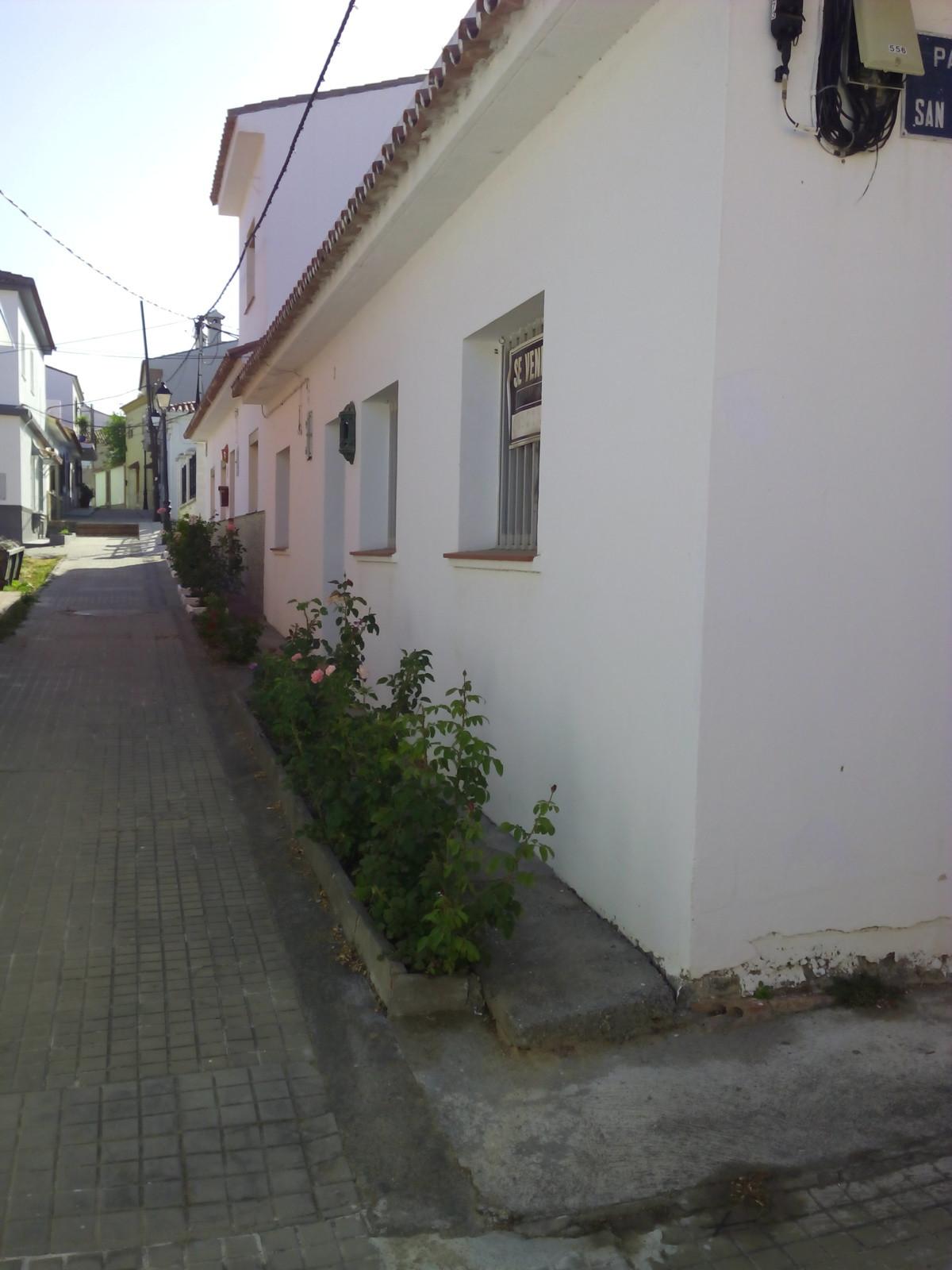 Townhouse for sale in Guadiaro, Costa del Sol