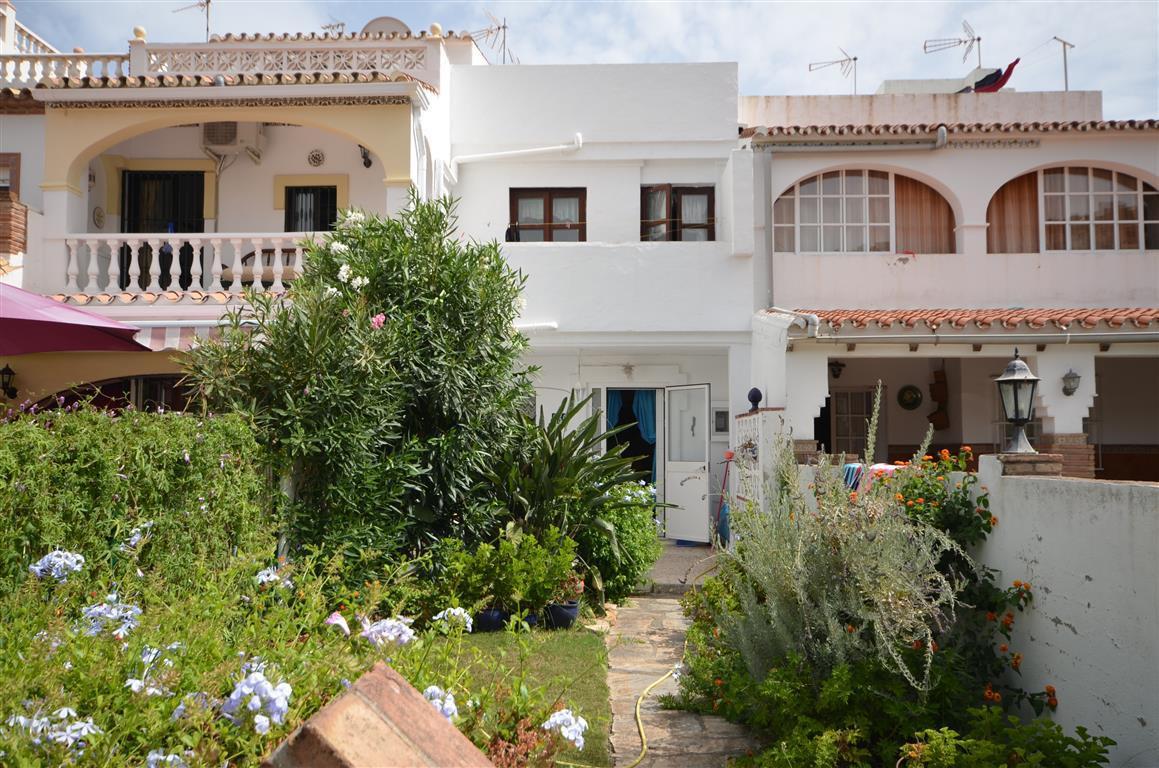 Townhouse for sale in La Duquesa, Costa del Sol