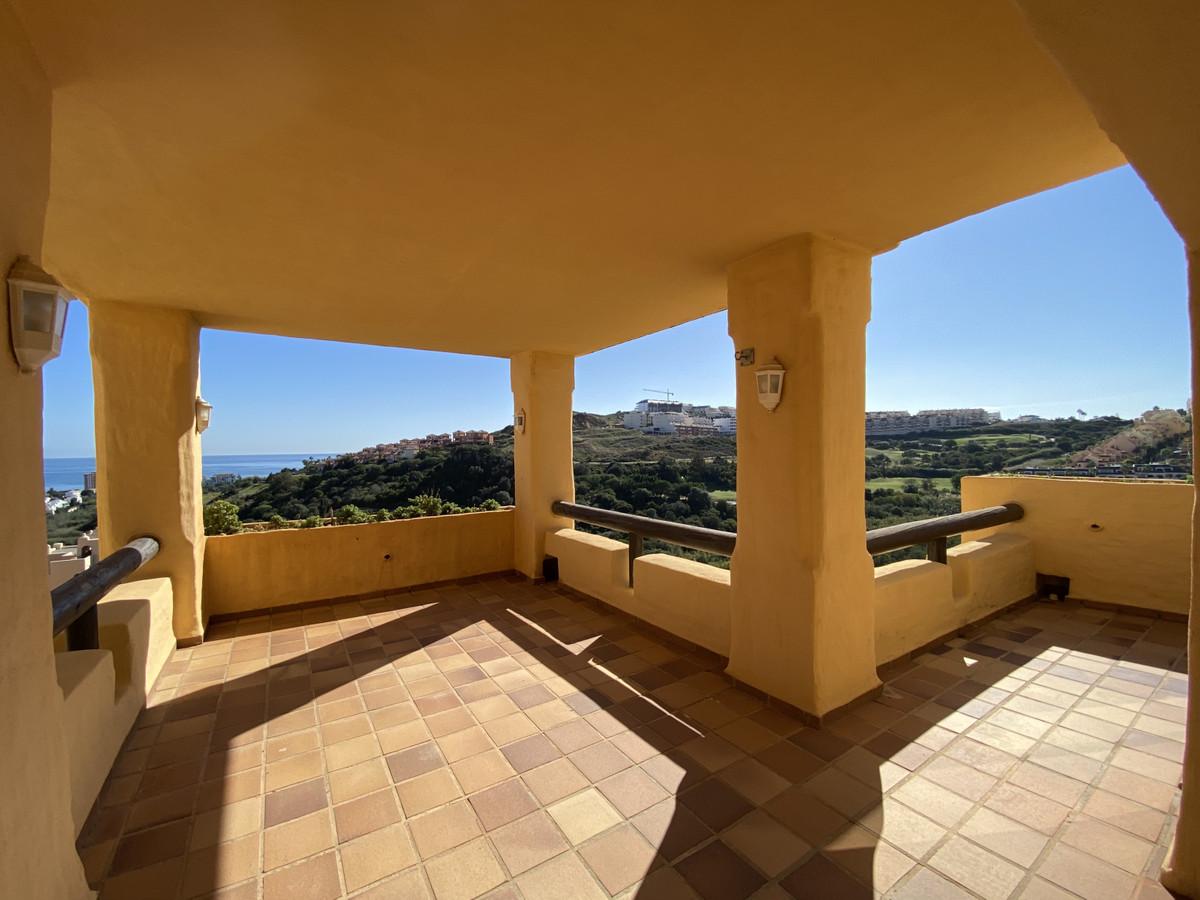 Apartment, La Duquesa, 235.000